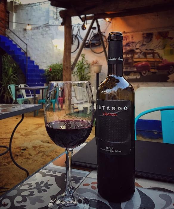 Weinbegleitung an einem besonderen Abend. Potential auch für Kaffeeservice zum Dessert, gerade in der Sterneküche oder gehobenen Gastronomie